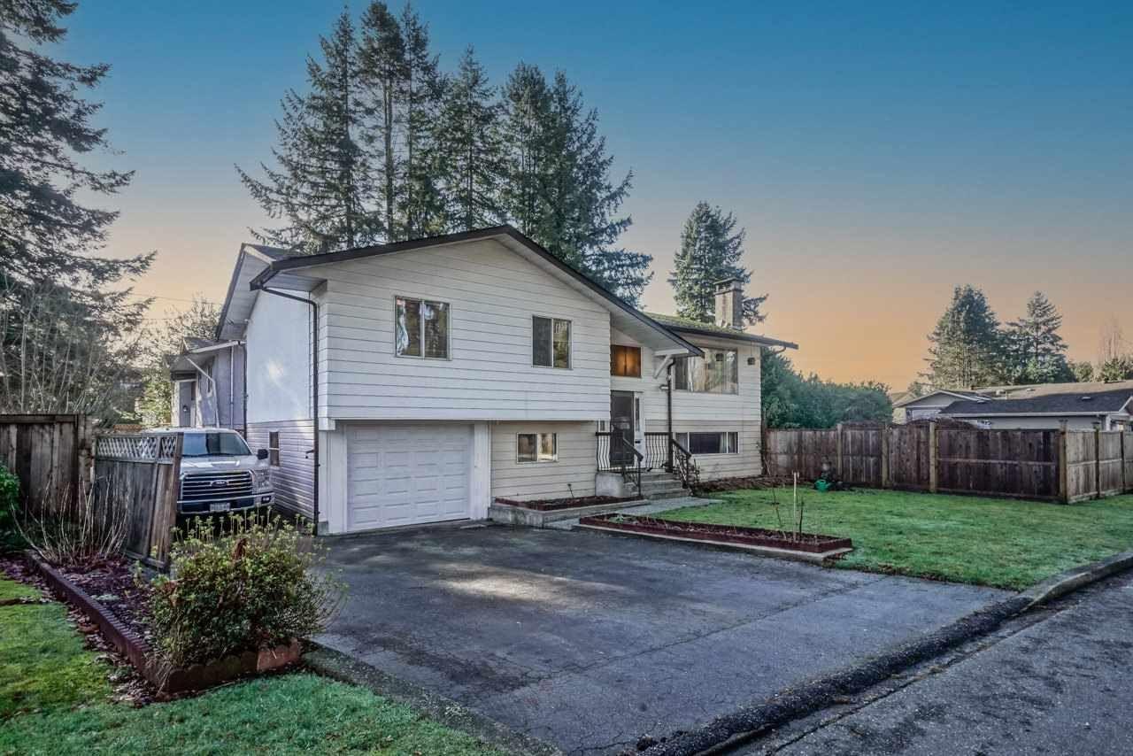 Main Photo: 21260 COOK Avenue in Maple Ridge: Southwest Maple Ridge House for sale : MLS®# R2530636
