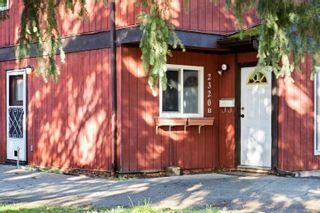 Photo 2: B 2320 Sooke Rd in : Co Hatley Park Half Duplex for sale (Colwood)  : MLS®# 863031