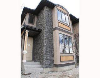 Main Photo: 4511 16 Street in Calgary: Duplex for sale : MLS®# C3318150