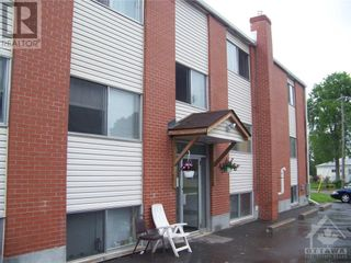 Photo 1: 11 RIVER STREET in Smiths Falls: Multi-family for sale : MLS®# 1258450
