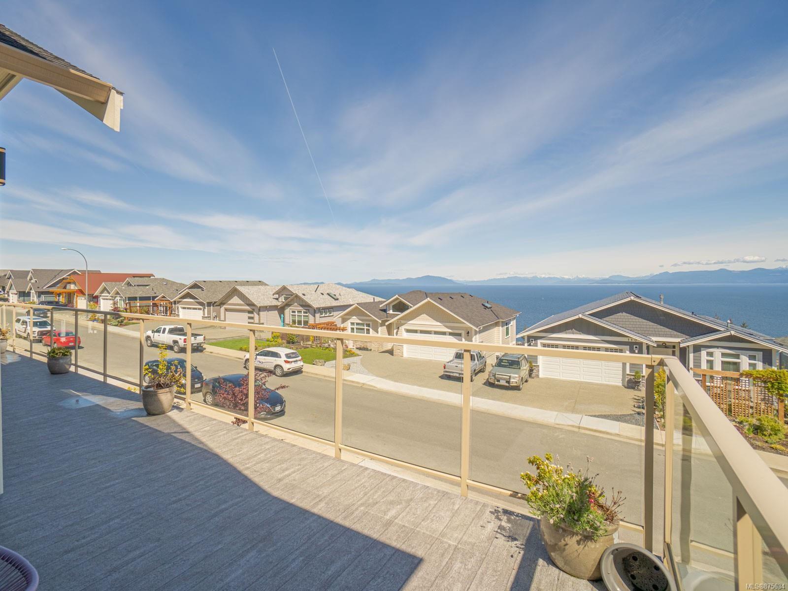 Main Photo: 125 Royal Pacific Way in : Na North Nanaimo House for sale (Nanaimo)  : MLS®# 875634