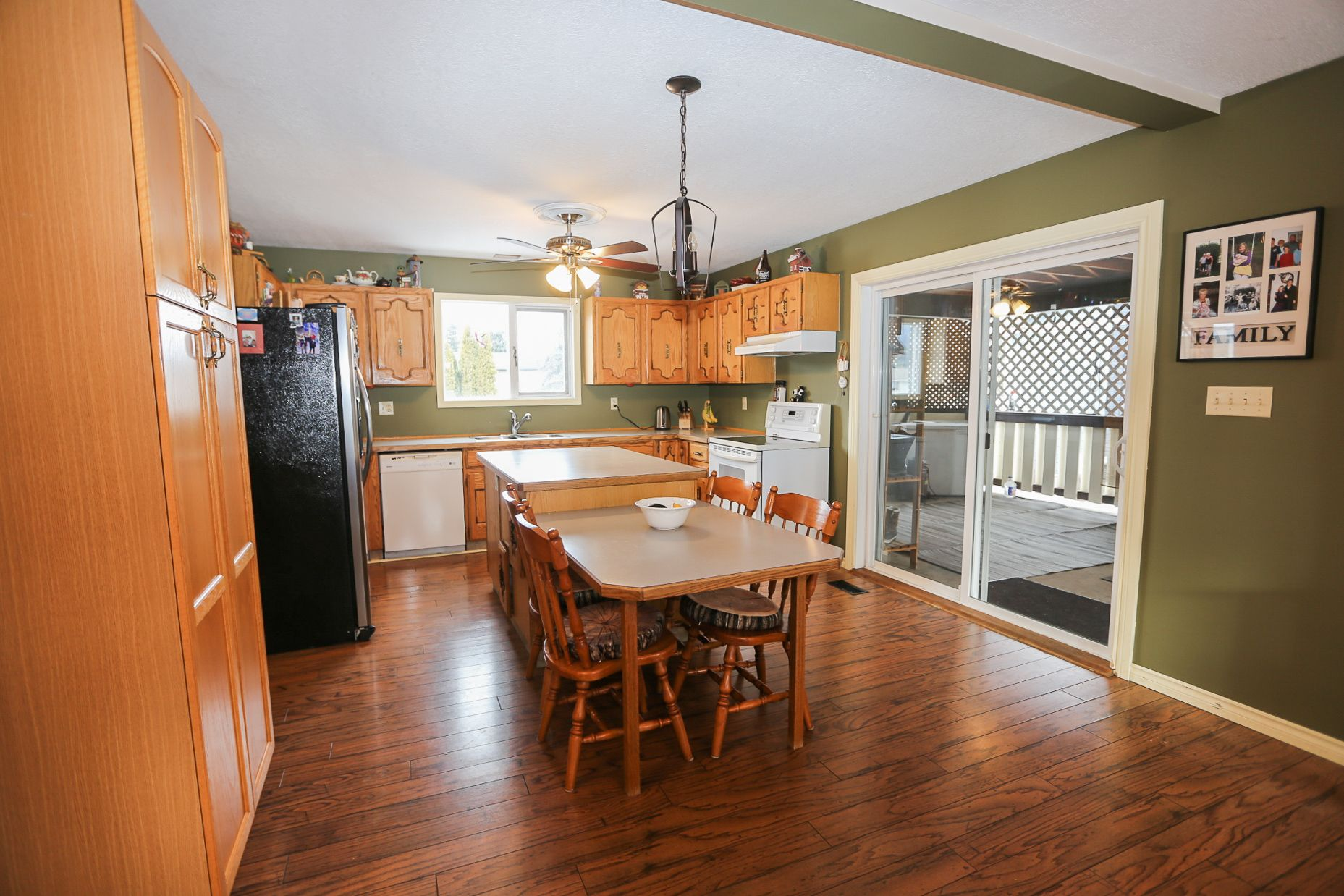 Photo 3: Photos: 434 ROBIN DRIVE: BARRIERE House for sale (NORTH EAST)  : MLS®# 160553