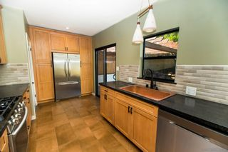 Photo 6: SAN DIEGO House for sale : 2 bedrooms : 5848 VALE WAY