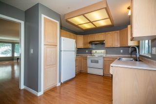 Photo 10: 19041 ADVENT Road in Pitt Meadows: Central Meadows House for sale : MLS®# R2617127