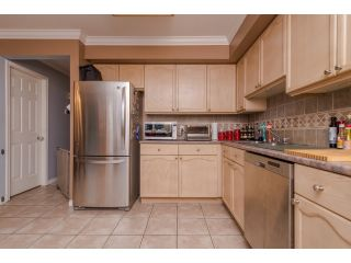 Photo 8: 5 2525 SHAFTSBURY Place in Port Coquitlam: Woodland Acres PQ Townhouse for sale : MLS®# R2013997