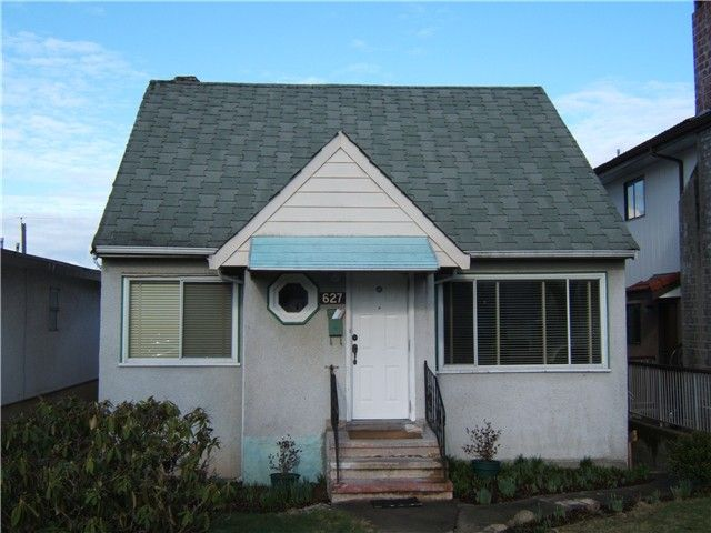 "Main Photo: 627 E 28TH Avenue in Vancouver: Fraser VE House for sale in ""FRASER"" (Vancouver East)  : MLS®# V865109"