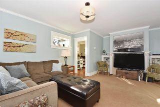 "Photo 3: 2695 W 15TH Avenue in Vancouver: Kitsilano House for sale in ""KITSILANO"" (Vancouver West)  : MLS®# R2032615"