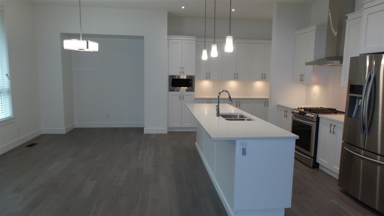 Photo 11: Photos: 20498 77A AVENUE in Langley: Willoughby Heights House for sale : MLS®# R2526741