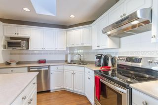 "Photo 4: 1461 HOCKADAY Street in Coquitlam: Hockaday House for sale in ""HOCKADAY"" : MLS®# R2055394"