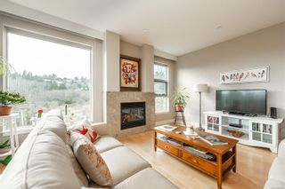 Photo 3: 202 3230 Selleck Way in : Co Lagoon Condo for sale (Colwood)  : MLS®# 866623