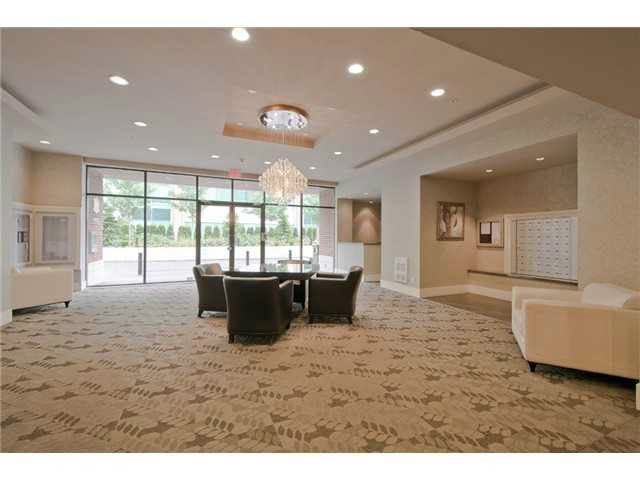 "Main Photo: 1204 2959 GLEN Drive in Coquitlam: North Coquitlam Condo for sale in ""THE PARC"" : MLS®# V1138877"