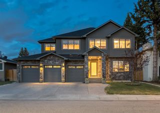 Main Photo: 6440 Laurentian Way SW in Calgary: North Glenmore Park Detached for sale : MLS®# A1120931