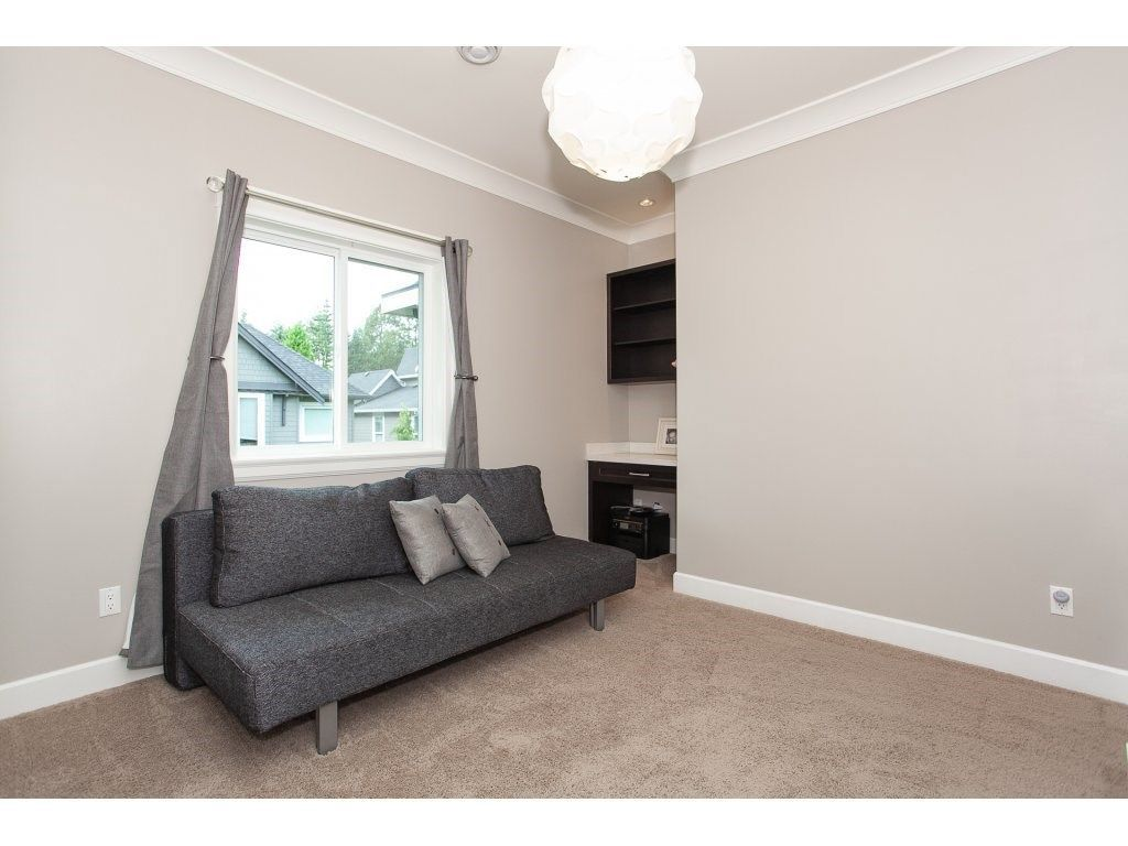 Photo 17: Photos: 1413 130 Street in Surrey: Crescent Bch Ocean Pk. House for sale (South Surrey White Rock)  : MLS®# R2311122
