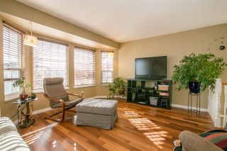 Photo 3: 2453 GILLESPIE Street in Port Coquitlam: Riverwood House for sale : MLS®# R2241435