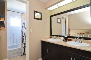 Photo 12: 51 1195 FALCON Drive in Coquitlam: Eagle Ridge CQ Townhouse for sale : MLS®# R2103325