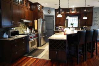 Photo 15: 6703 111 Avenue in Edmonton: Zone 09 House for sale : MLS®# E4236763