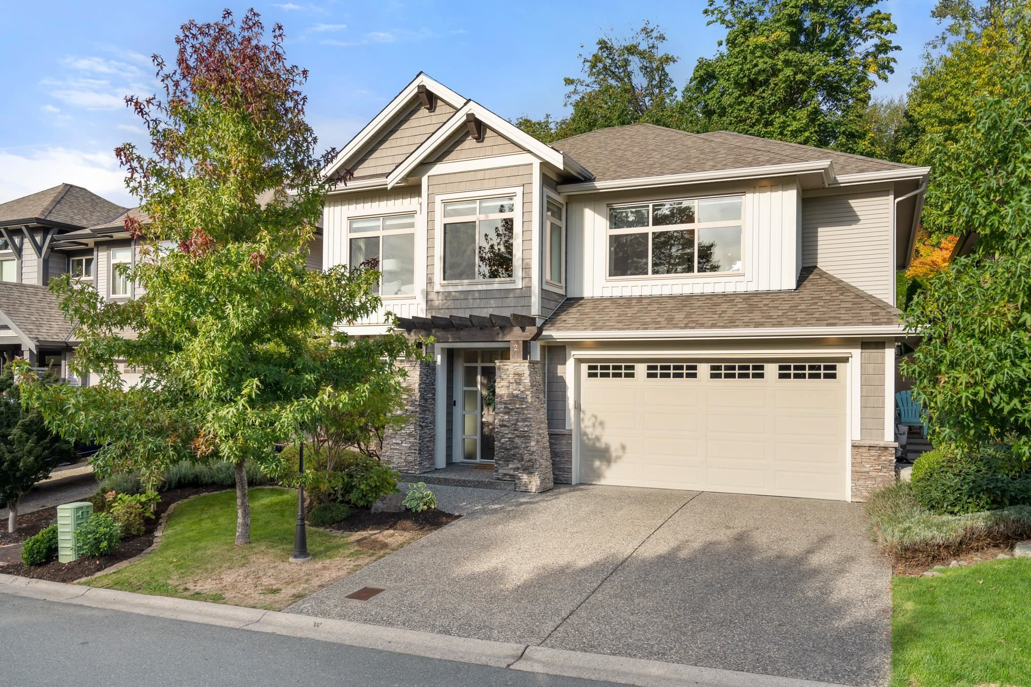 """Main Photo: #2 3457 WHATCOM Road in Abbotsford: Abbotsford East House for sale in """"The Pines"""" : MLS®# R2621261"""