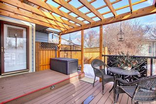 Photo 3: 66 Farnham Drive SE in Calgary: Fairview Detached for sale : MLS®# A1072222