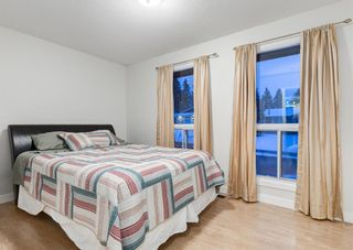 Photo 13: 124 QUEEN TAMARA Road SE in Calgary: Queensland Detached for sale : MLS®# A1086377