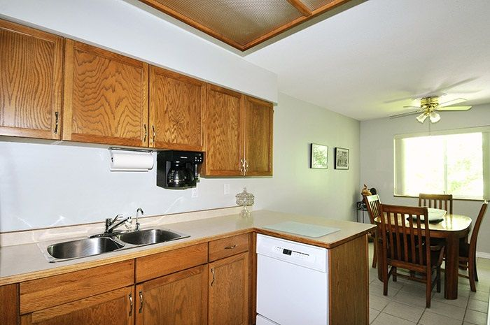 """Photo 8: Photos: 212 11578 225 Street in Maple Ridge: East Central Condo for sale in """"THE WILLOWS"""" : MLS®# R2104486"""