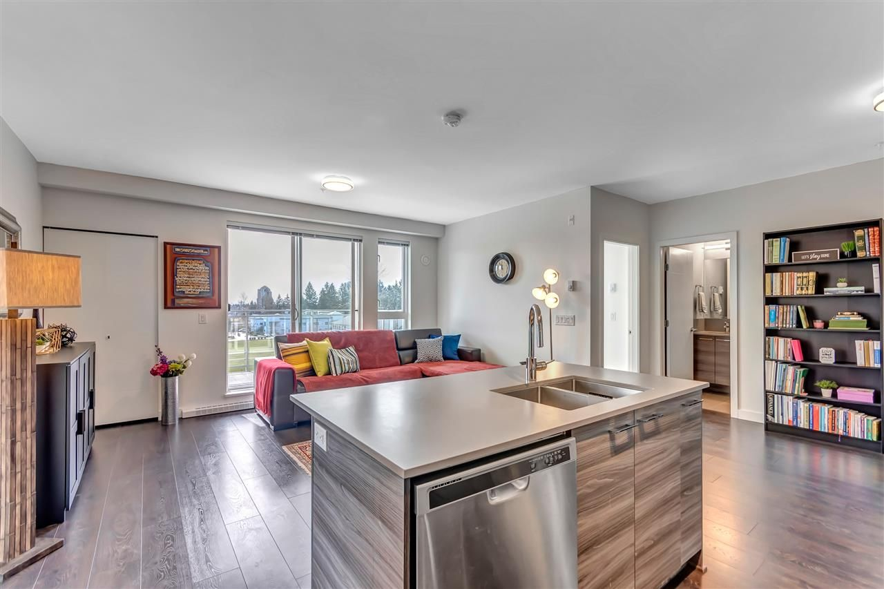 """Photo 6: Photos: 511 10581 140 Street in Surrey: Whalley Condo for sale in """"HQ-THRIVE"""" (North Surrey)  : MLS®# R2550451"""
