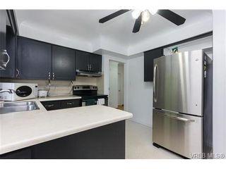 Photo 8: 887 Lampson St in VICTORIA: Es Old Esquimalt Half Duplex for sale (Esquimalt)  : MLS®# 674265