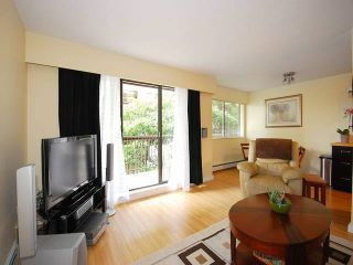 """Photo 14: 108 175 E 5TH Street in North Vancouver: Lower Lonsdale Condo for sale in """"WELLINGTON MANOR"""" : MLS®# V1121964"""