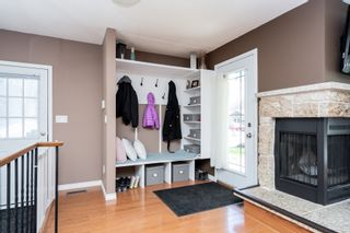 Photo 2: 34 Mansfield Crescent in Winnipeg: River Park South House for sale (2F)  : MLS®# 202009485