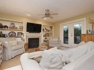 Photo 5: 1985 W Burnside Rd in : VR Prior Lake House for sale (View Royal)  : MLS®# 860770