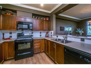 """Photo 7: 1 19932 70 Avenue in Langley: Willoughby Heights Townhouse for sale in """"SUMMERWOOD"""" : MLS®# R2162359"""