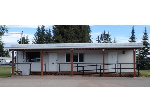 Main Photo: 65 ENDAKO Avenue: Fraser Lake Commercial for sale (Vanderhoof And Area (Zone 56))  : MLS®# N4504177