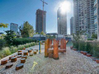 """Photo 16: 906 13750 100 Avenue in Surrey: Whalley Condo for sale in """"Park Avenue East"""" (North Surrey)  : MLS®# R2466560"""