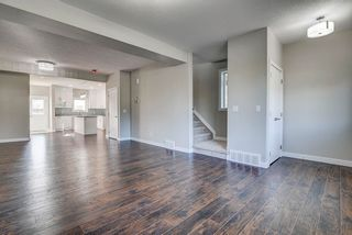 Photo 6: 10357 149 Street in Edmonton: Zone 21 House Half Duplex for sale : MLS®# E4246596