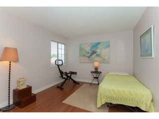 """Photo 14: 117 9012 WALNUT GROVE Drive in Langley: Walnut Grove Townhouse for sale in """"Queen Anne Green"""" : MLS®# R2184552"""
