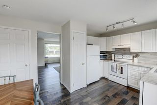 Photo 10: 22 3620 51 Street SW in Calgary: Glenbrook Row/Townhouse for sale : MLS®# A1117371