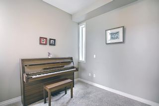 Photo 7: 47 ASPENSHIRE Drive SW in Calgary: Aspen Woods Detached for sale : MLS®# A1106772
