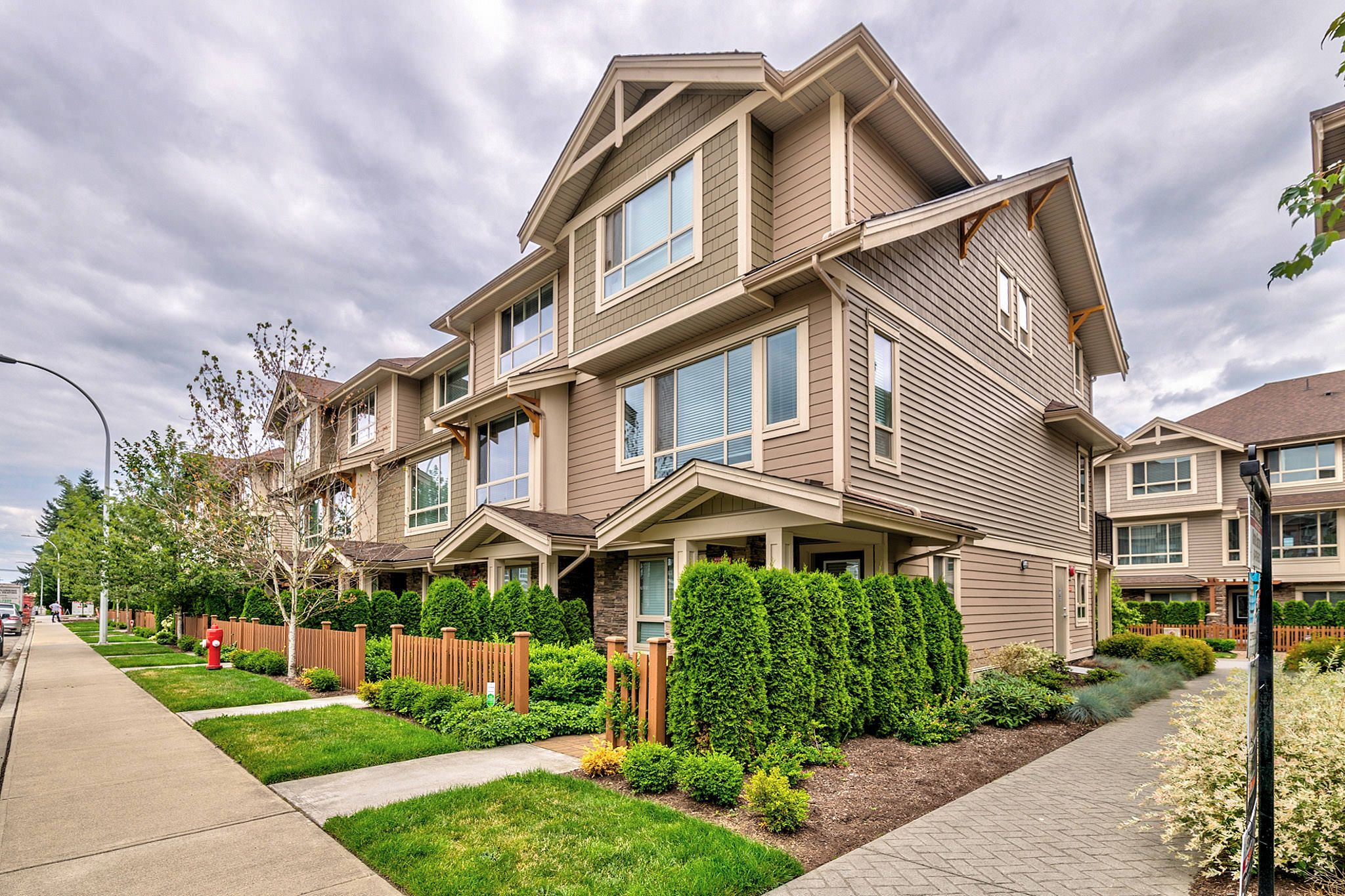 Photo 24: Photos: 10 19742 55A Street in Langley: Langley City Townhouse for sale : MLS®# R2388093
