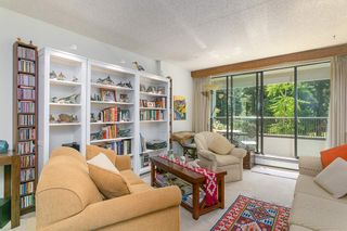 """Photo 2: 207 4194 MAYWOOD Street in Burnaby: Metrotown Condo for sale in """"ONE PARK AVANUE"""" (Burnaby South)  : MLS®# R2182982"""