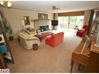 """Photo 2: 14176 MALABAR Avenue: White Rock House for sale in """"MARINE DRIVE WEST"""" (South Surrey White Rock)  : MLS®# F1112678"""