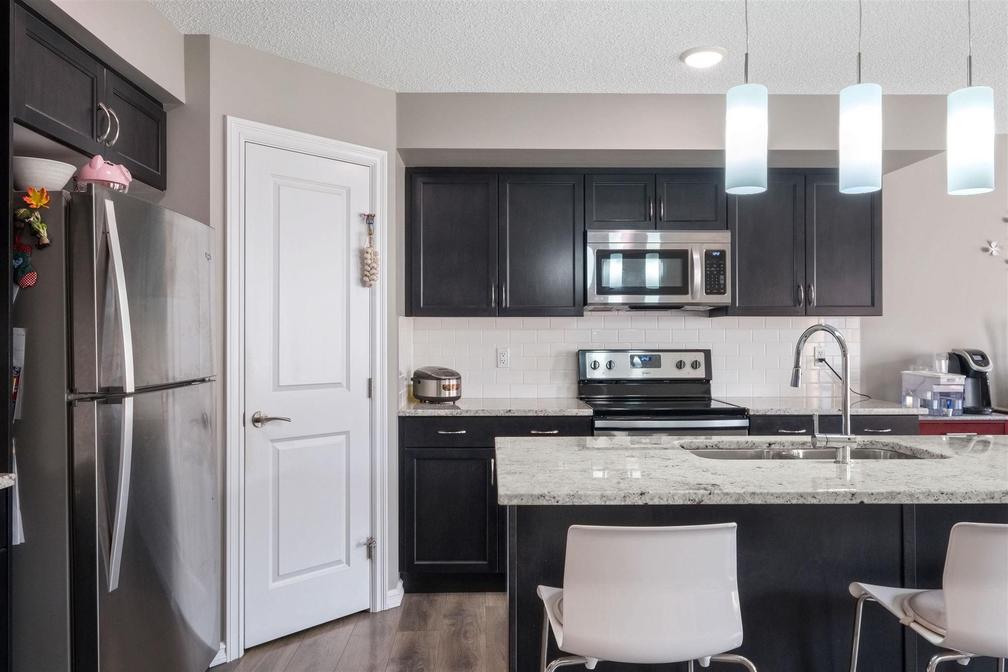 Main Photo: 4437 6A Street in Edmonton: Zone 30 House Half Duplex for sale : MLS®# E4257526