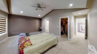 Photo 13: 805 WILDWOOD Crescent in Edmonton: Zone 30 House for sale : MLS®# E4240471