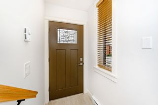 """Photo 4: 44 8068 207 Street in Langley: Willoughby Heights Townhouse for sale in """"Willoughby"""" : MLS®# R2410149"""
