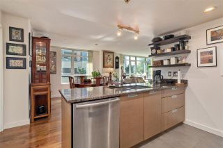 """Photo 8: 261 2080 W BROADWAY in Vancouver: Kitsilano Condo for sale in """"Pinnacle Living on Broadway"""" (Vancouver West)  : MLS®# R2496208"""