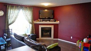 Photo 3: 9140 - 166 Avenue in Edmonton: House Half Duplex for sale (Eaux Claires)  : MLS®# E3285209