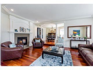 "Photo 5: 10790 LINDEN Court in Surrey: Fraser Heights House for sale in ""Glenwood"" (North Surrey)  : MLS®# R2252454"