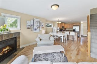 """Photo 4: 4 728 GIBSONS Way in Gibsons: Gibsons & Area Townhouse for sale in """"Islandview Lanes"""" (Sunshine Coast)  : MLS®# R2538180"""