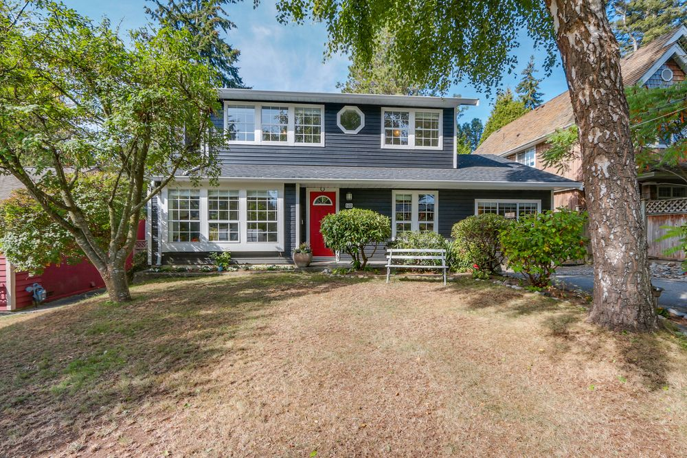 Main Photo: 1425 129th st. South Surrey in Ocean Park: Home for sale