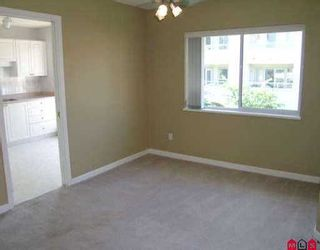 """Photo 3: 309 7475 138TH ST in Surrey: East Newton Condo for sale in """"CARDINAL COURT"""" : MLS®# F2517827"""