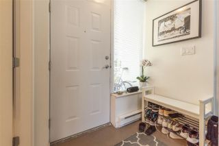 """Photo 8: 255 35 KEEFER Place in Vancouver: Downtown VW Townhouse for sale in """"The Taylor"""" (Vancouver West)  : MLS®# R2572917"""