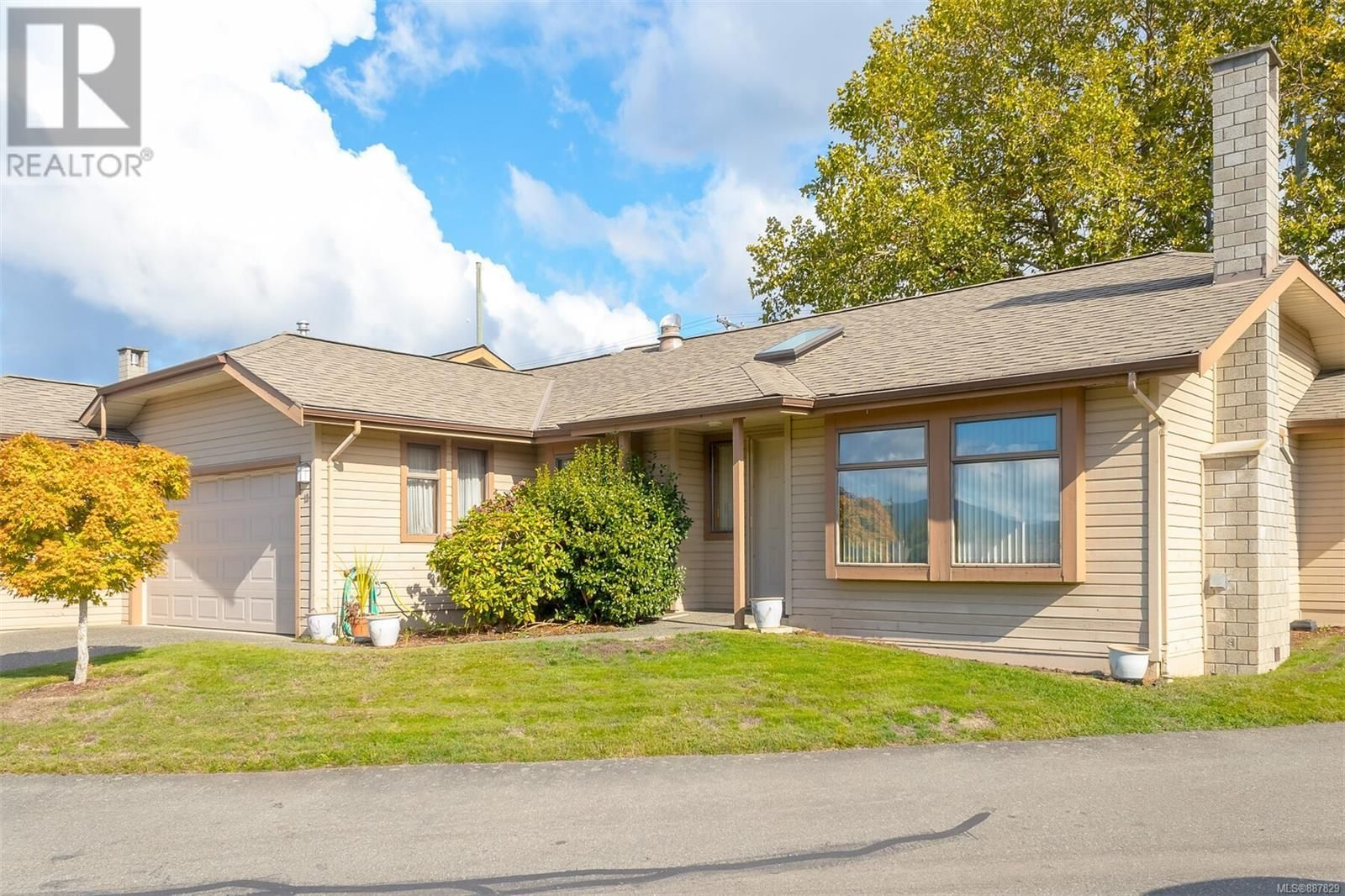 Main Photo: 13 1144 Verdier Ave in Central Saanich: House for sale : MLS®# 887829